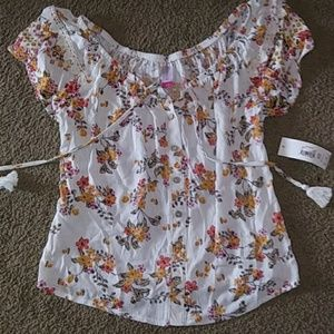 NWT Women's blouse floral print size small